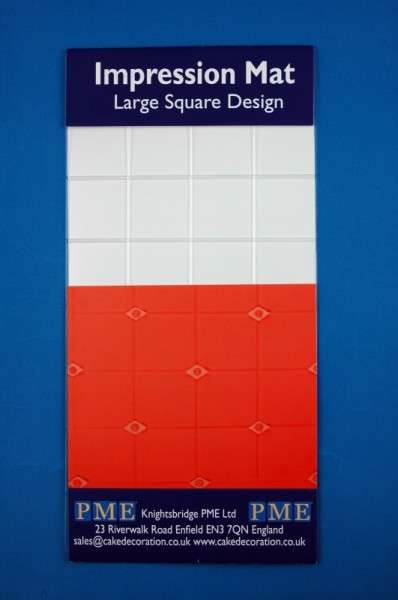 Prägematte große Quadrate
